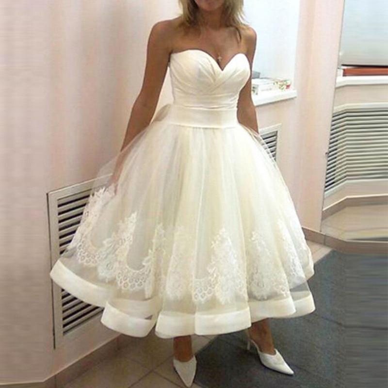 A Line Wedding Gown: Lovely Short Wedding Dress Romantic Tea Length Appliqued