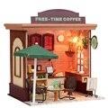 Nova Chegada Hoomeda Cobrir os Móveis de Madeira DIY Casa De Bonecas Em Miniatura Com LED Tempo Livre Café Miniatura Presente Modelo Para Crianças