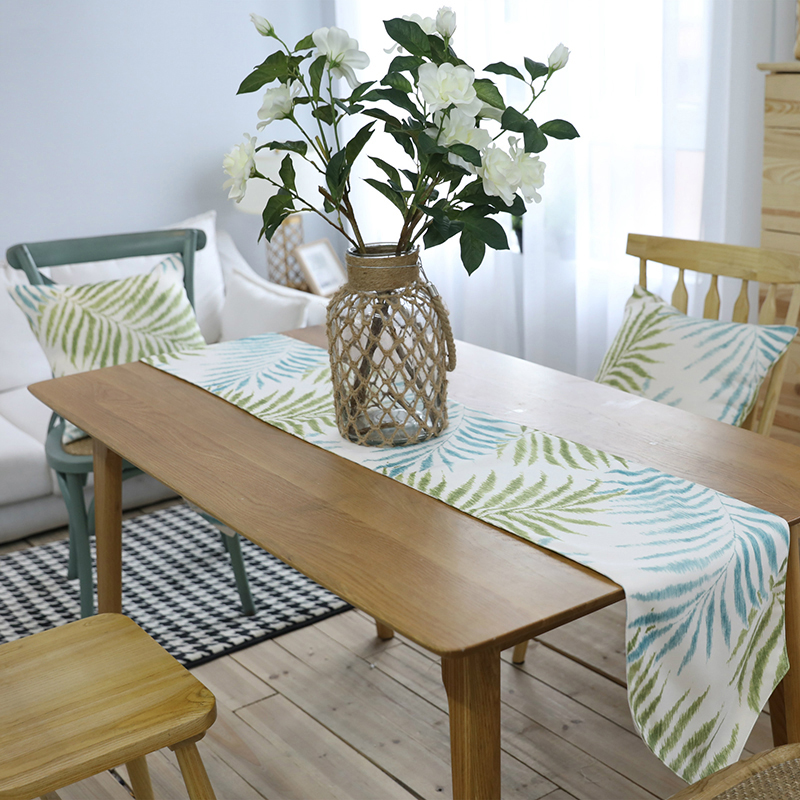 Modern Table Runner Polyester Blue Green Leaves Tropical Plant Print Table Runners Coffee Table Restaurant Home Decoration Flag