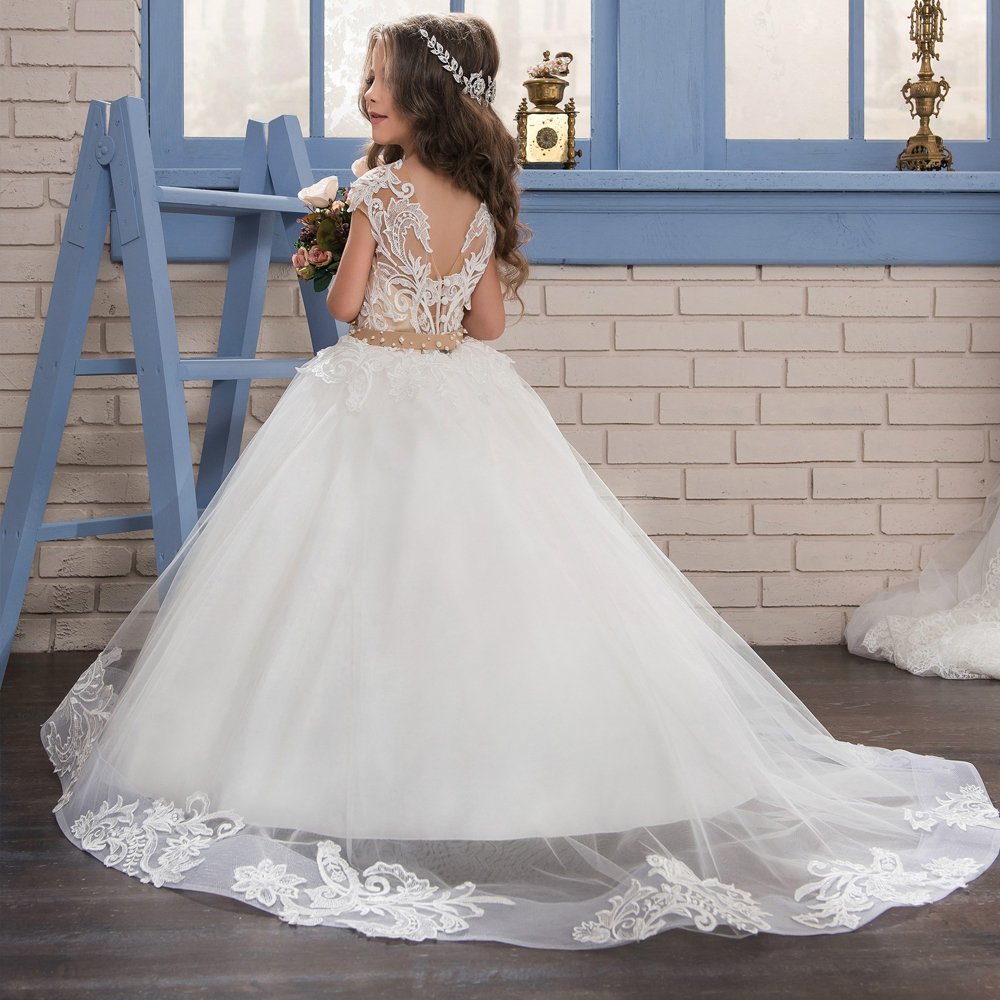New Flower Girl Dresses Lace Applique Short Sleeve Tulle Flowers Ball Gown with Beaded Sash First Communion Gowns cute new long sleeves white ball gown flower girl dresses french lace beaded first communion dress with sequin bow and sash