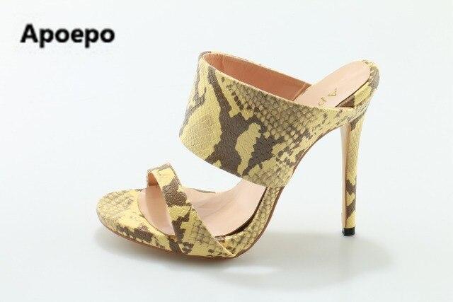 Grande taille d'été chaussures pour femmes, le métal C, l'un de décoration, sandales, pantoufles, chaussures femmes talon,blanc 43
