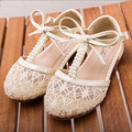 Hot Nuevas sandalias de las muchachas retro de Encaje niños botas con Perla pricess niños botas niños zapatos de malla sandalias casuales para 2-8 años