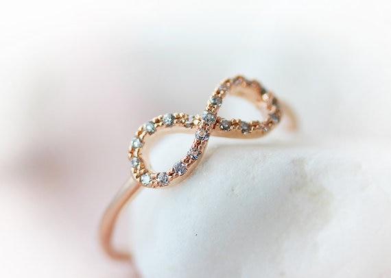 Wholesale Handmade an infinite loop crystal infinite love rose