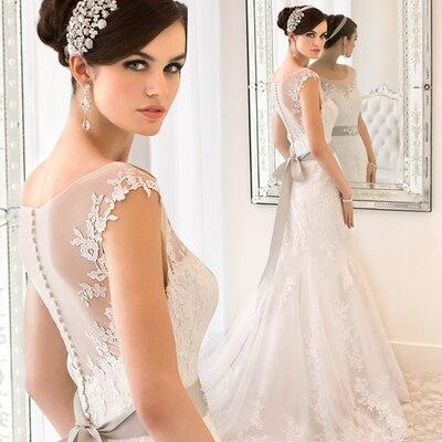 9d55d13610 US $75.99  s 2016 New Stock Plus Size Women Pregnant Bridal Gown Wedding  Dress Princess Belt Butterfly Tie Long Romantic Wholesale 7888-in Wedding  ...