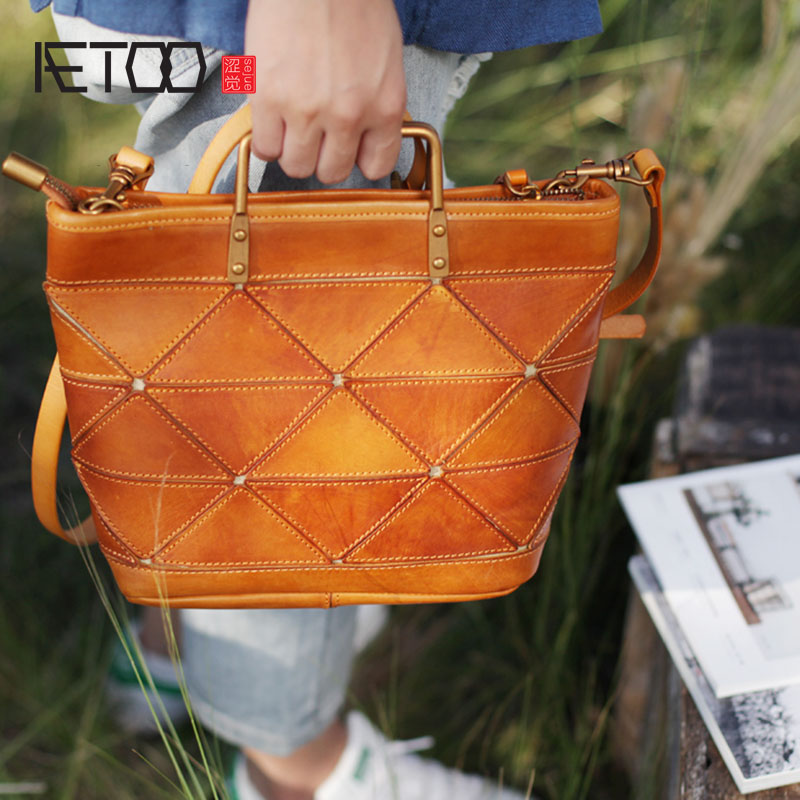 AETOO Retro literary original handmade leather handbag geometric stitching small tote bag casual leather dumpling bag handbag все цены
