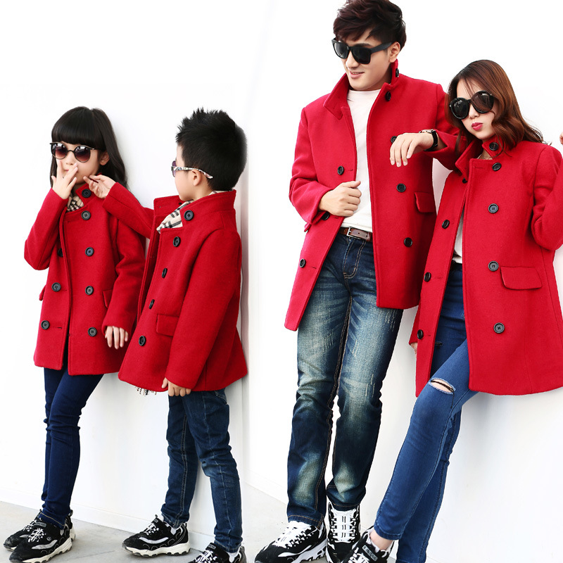 Family Matching Outfits Luxury Brand Design Winter Father Mother Baby Son Clothes Mom and Daughter Dress Thickened Woolen Coat 2015 summer family clothing sets mother father child matching dad mom daughter son t shirt and shorts family look ma e filha
