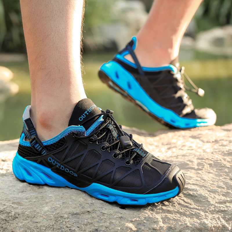 New Ultra Light High Quality Men Hiking Shoes Air Mesh Outdoor Sneakers Breathable Unisex Women Sneakers Climbing Trekking Shoes