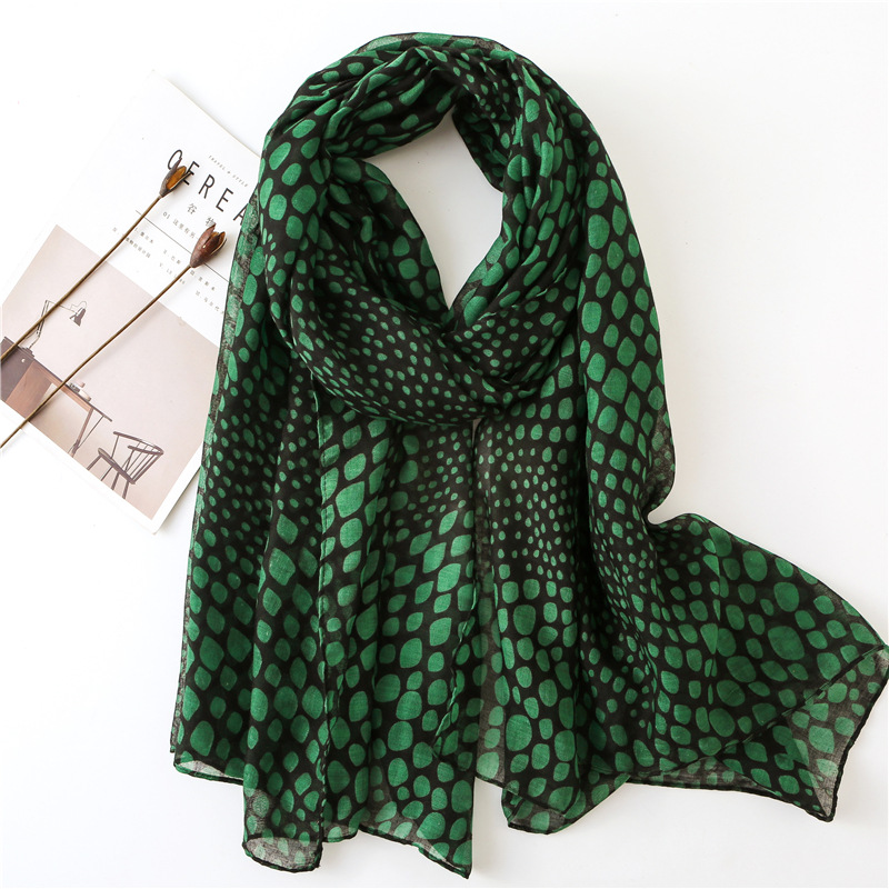 KYQIAO women vintage long green print hijab   scarf   2019 female autumn Spain style long retro printed   scarf     wraps