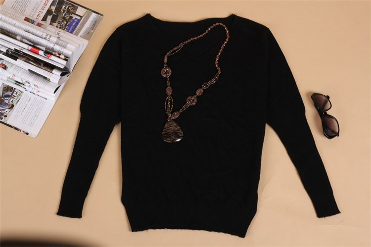 19 Spring autumn cashmere sweaters women fashion sexy v-neck sweater loose 100% wool sweater batwing sleeve plus size pullover 16