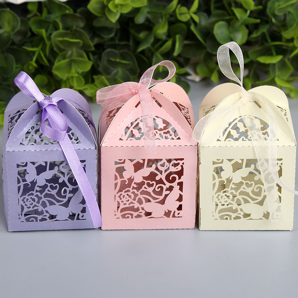 50pcs Hollow Out Butterfly Paper Candy BOX Gift Boxes Wedding Party Favor Decoration With Ribbon