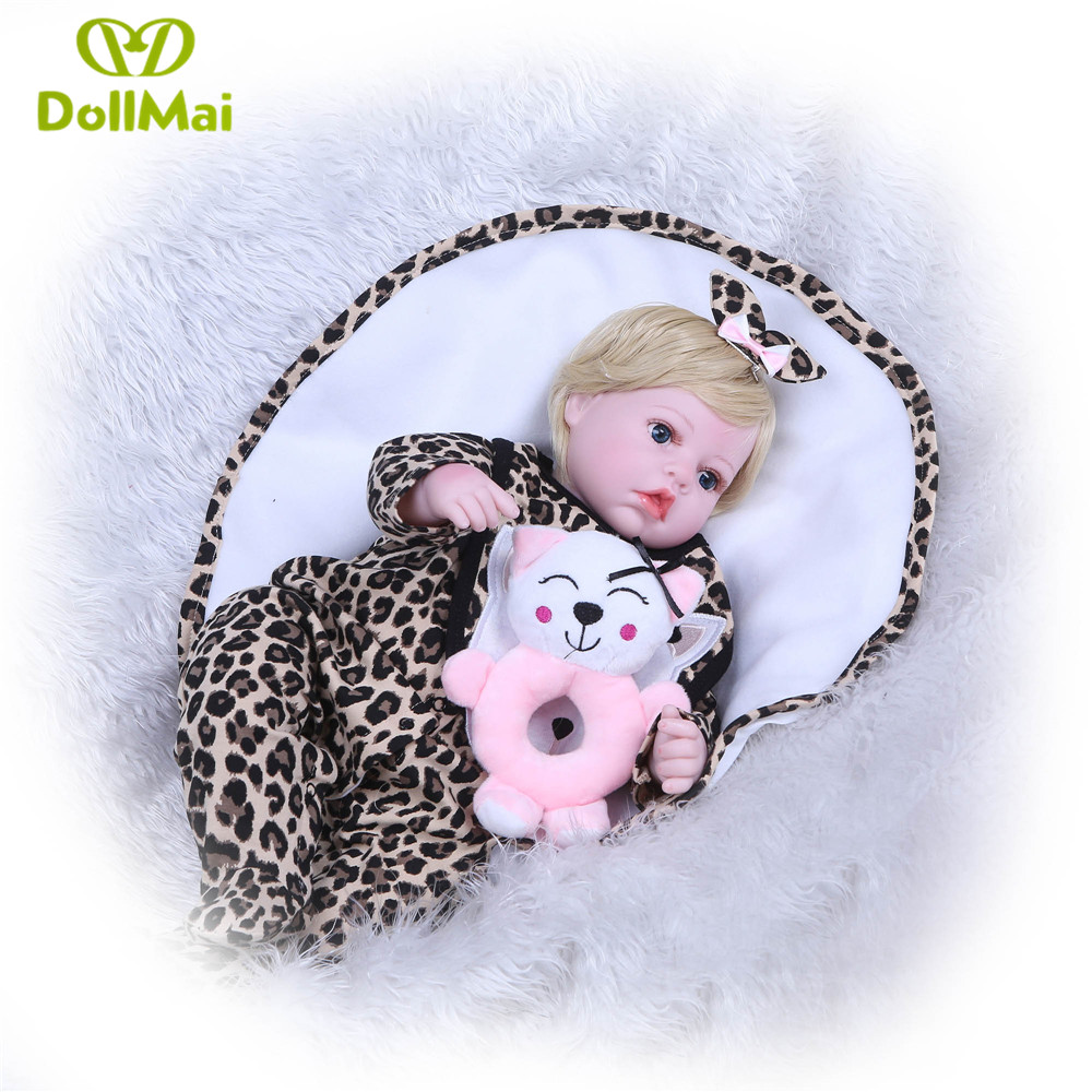 Cheap Reborn dolls for sale 22inch 55cm silicone reborn baby dolls gift toy for child short blond hair wig cat clothing rattle Cheap Reborn dolls for sale 22inch 55cm silicone reborn baby dolls gift toy for child short blond hair wig cat clothing rattle