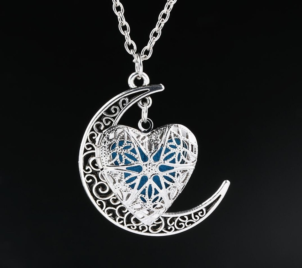 Essential Oil Aromatherapy Half Moon Pendant Diffuser Locket Pendant Necklace Chain in Pendant Necklaces from Jewelry Accessories