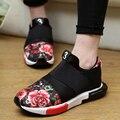 2017 de la moda de primavera zapatos de Los Hombres de tendencia plana tela impresa hombres zapatos casual slip-on transpirable Unisex tamaño de los zapatos 36-44