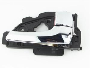 Image 3 - اليسار/اليمين بالكهرباء مشرق اللون الداخلية مقبض الباب لشركة هيونداي IX35 توكسون 82610 2S010 82620 2S010 أعلى جودة