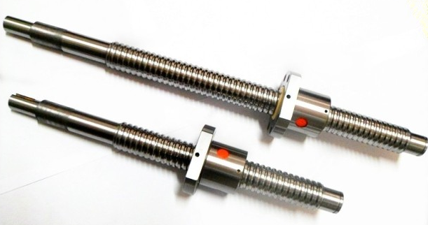 ФОТО RM1204 Ball Screw SFU1204 L= 650mm Rolled Ballscrew with single Ballnut for CNC parts