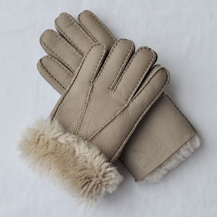 Купить с кэшбэком Free shipping 2pairs fashion male wool genuine leather sheep skin gloves warm protecting winter gloves four colors for selecting