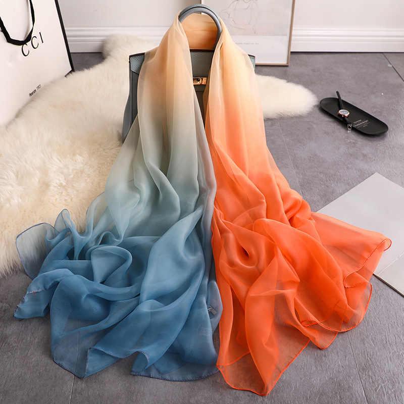 2020 di estate di modo di seta sciarpa per le donne scialli e impacchi di grandi dimensioni sottile morbida sciarpa di pashmina beach stole foulard della signora sciarpa di seta hijab