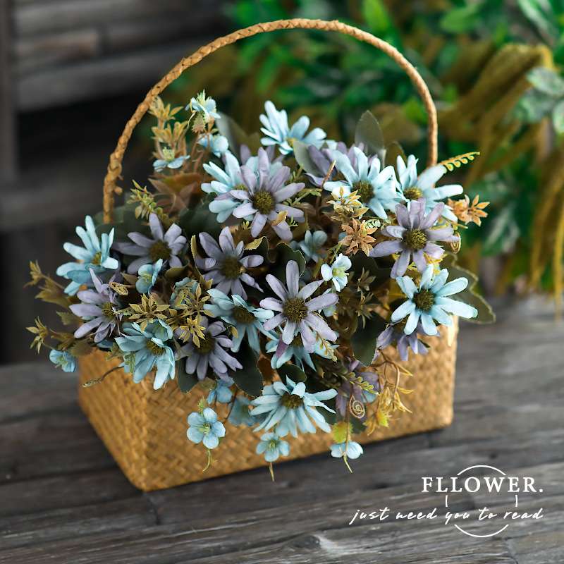 New Arrival Handmade Artificial Flower Small Wild Chrysanthemum Single Branch Dried Flower Wedding Decoration Photography Daisy in Artificial Dried Flowers from Home Garden