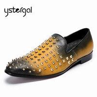 YSTERGAL Karışık Renk Erkekler Rahat Ayakkabılar Perçinler Çivili Hakiki Deri Düz Ayakkabı Kayma Mens Loafer'lar Erkek Resmi Elbise Flats