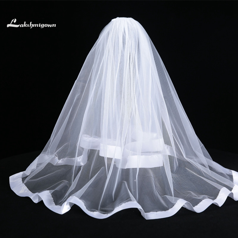 Stock White Ivory Short Bridal Veil with Comb One Layer Ribbon Edge