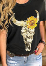 лучшая цена Women Steer Skull Sunflower t shirt Summer Ladies Vintage kawaii fashion T-Shirt Plus Size Tumblr Clothes Black graphic Top Tee