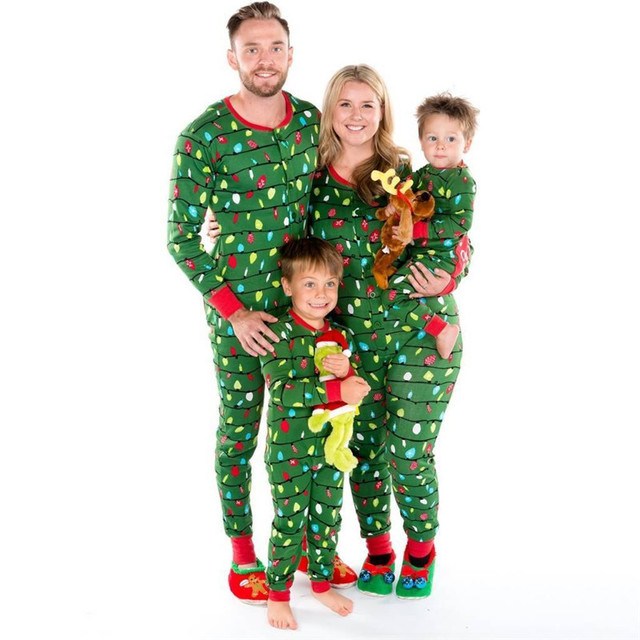 XMAS PJs PLus Size Family Matching Dad Mom Kid Christmas Outfits Men Women  Boy Girl Nightwear Sleepwear Casual Pajamas Sets New 340a16bab