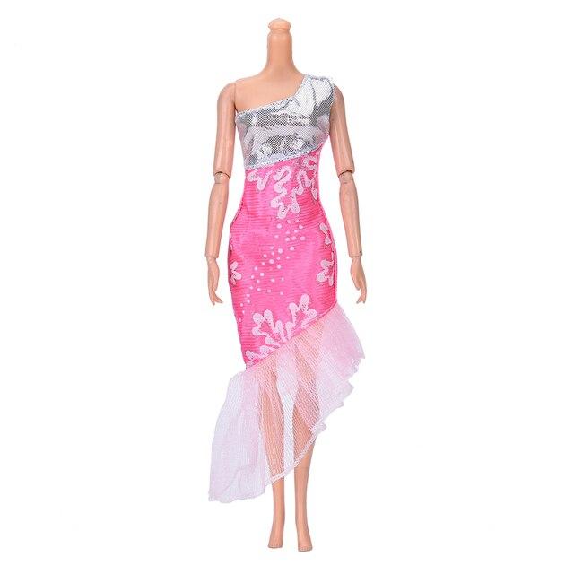 Hermoso partido hecho a mano vestido de moda para muñeca Barbie ...