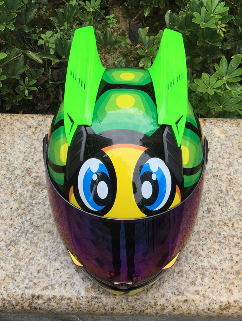 Free shipping full face motorcycle helmet with horns green color motocross helmet off road professional rally racing helmet