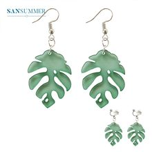 цена на Trendy Green Leaves Earrings For Women Brincos Women Statement Dangle Earrings Fashion Minimalist Jewelry Boucle D Oreille Gifts