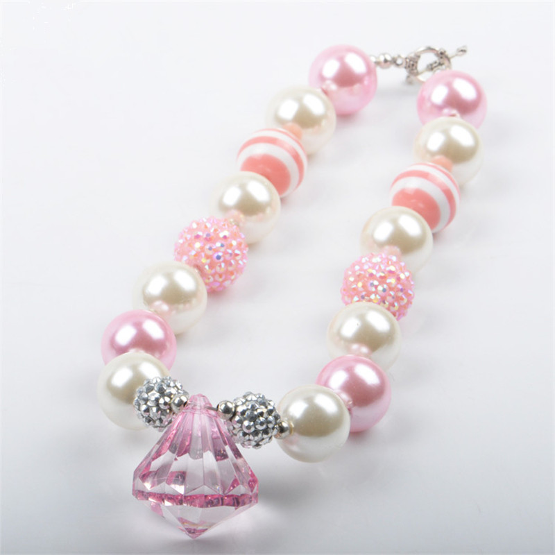 Little Girl Pearl Necklace And Bracelet