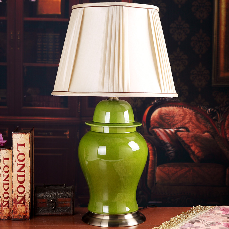 Jingdezhen Chinese Creative Ceramic Table Lamp Bedroom