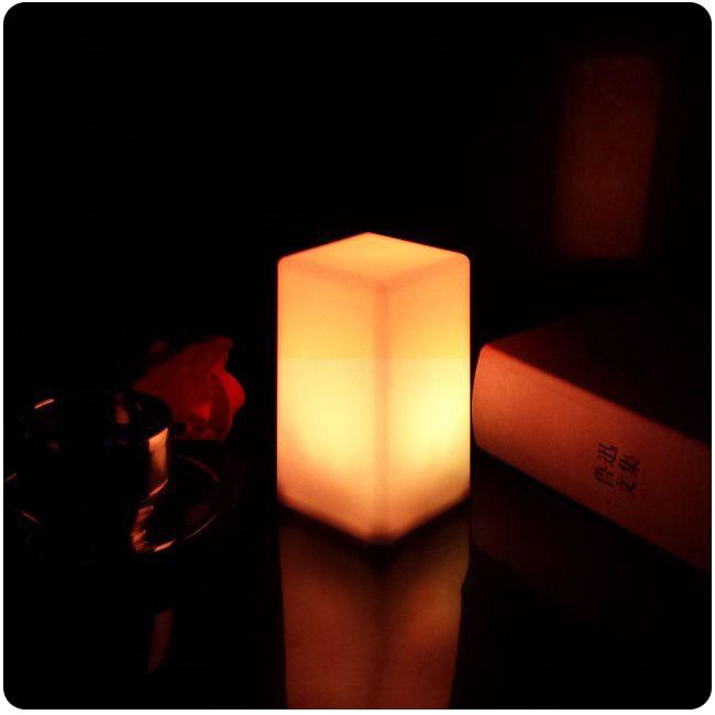 D75 * 75 * 135 mm 7 színváltás újratölthető lítium - Beltéri világítás