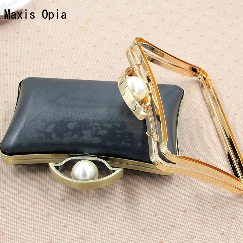 18.8X10.1cm Four Color Metal Purse Frame With Black Plastic Box Specical Pearl Kiss Lock Clutch Frame Asas Para Bolso Bag Handle