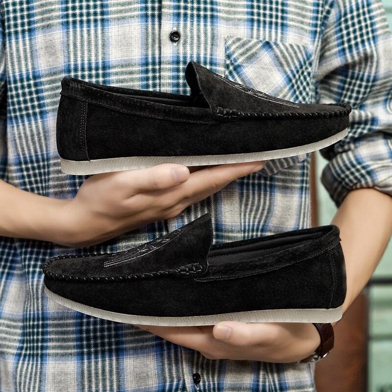 leisure footwear (70)