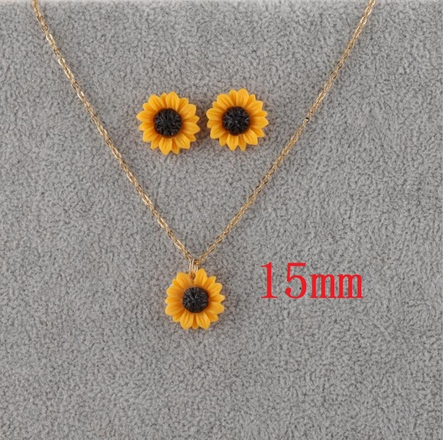 Sunflower Stud Earrings...