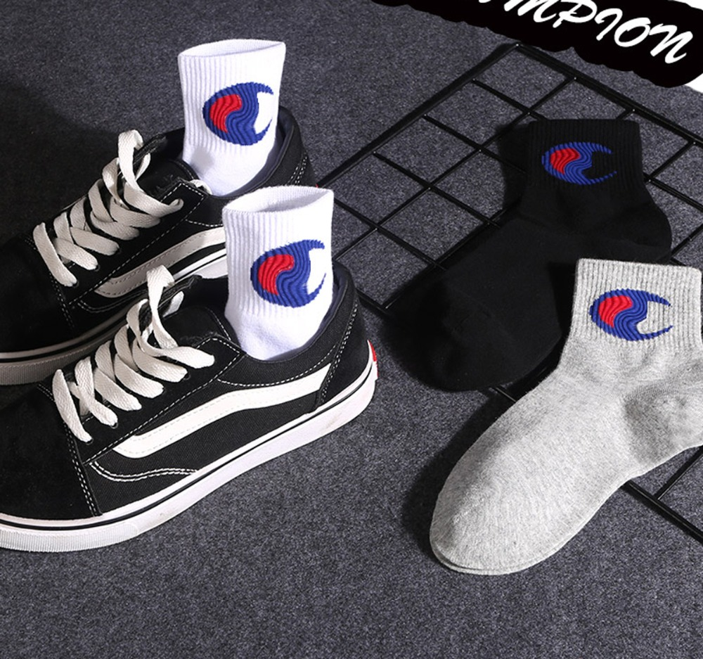 Fashionable Brand Cotton Women Autumn Winter Street College Style Hip-hop Letters Solid Striped Sport Casual Crew   Socks