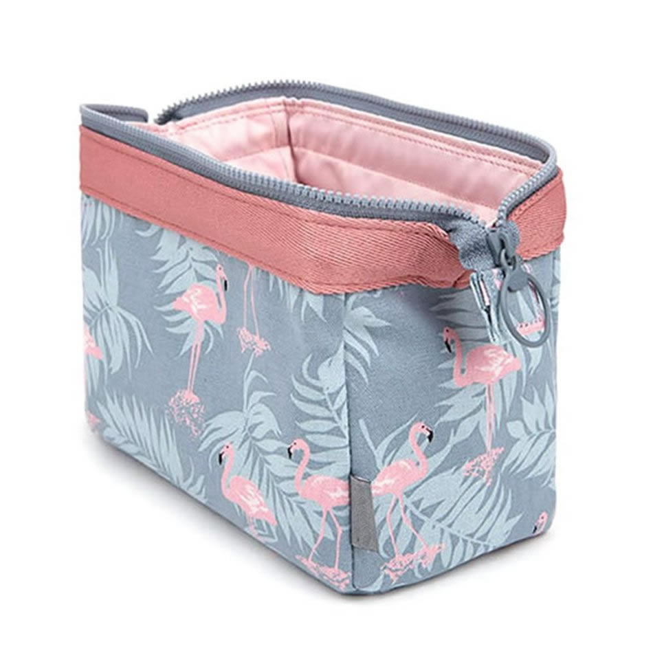 Hot Travel Cosmetic Bag Women Necessaire Make Up Bag  Waterproof Portable Makeup Bag Toiletry Kits Toiletries Organizer