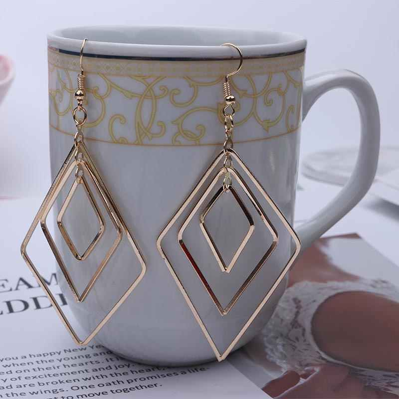 2019 Women Statement Earrings Long Drops Earing Fashion Jewelry Big Geometric Rhombus Hollow Zinc Alloy Metal Earring EB247