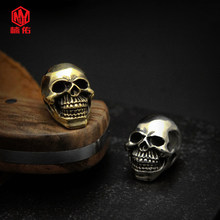 1Pcs Hand Carved EDC Outdoor Pocket Tool Brass Knife Beads The Skull DIY Umbrella Rope Flashlight Pendant Necklace Beads(China)