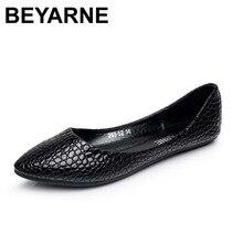 BEYARNEใหม่VINTAGEผู้หญิงสบายๆรองเท้าแตะรองเท้าหนังnubuckแบนผู้หญิงฤดูร้อนบัลเล่ต์รองเท้าsapatos femininos