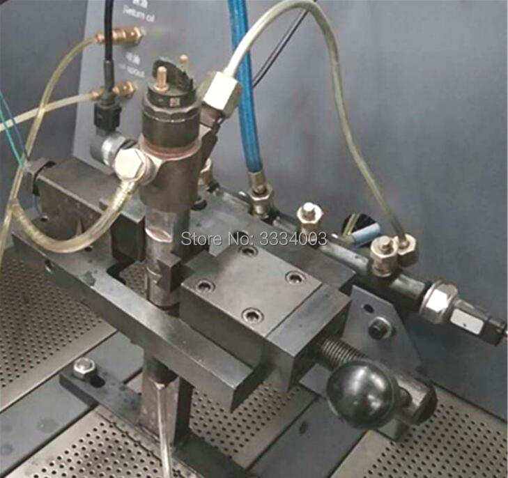 common rail injector dismounting frame tool used inside of diesel common rail test bench