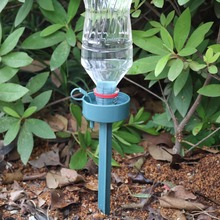 DIY Automatic Self Watering Device lazy environmental moving water drip watering Seepage tool for plant greenhouse 2pcs cheap Sprayers Adhere To Fly Automatic watering device Plastic watering Dripping atering plant Watering system See the picture