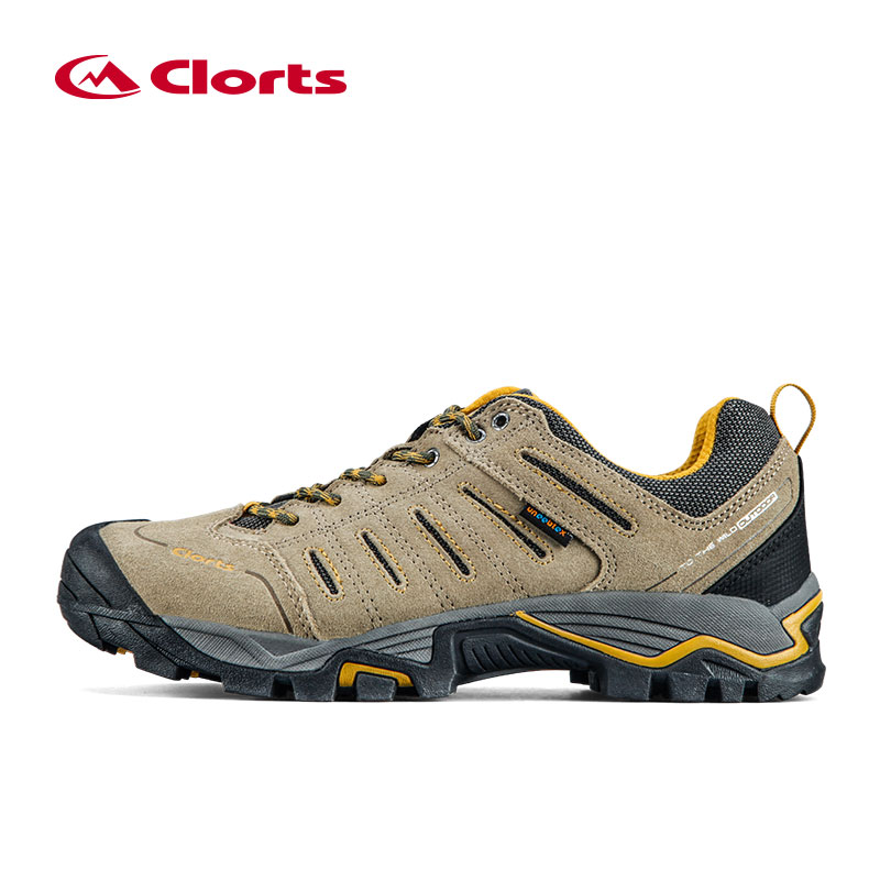 где купить Clorts Hiking Men Shoes Outdoor Shoes Waterproof Trekking Shoes Suede Leather Mountain Climbing shoes дешево
