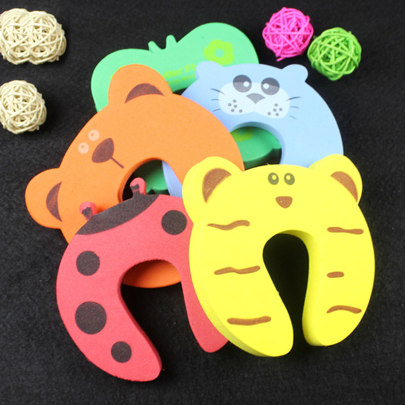 5 Pcs/Set Cartoon Animal Pinch Baby Kids Finger Protector Children Safety Door Card Clamp Hand Security Stopper Clip Hot smiley face door window children safety lock band 2 pack set