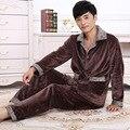 2016 Primavera Inverno Manter Aquecido Grosso Conjuntos de Sono Tops & Bottoms Dos homens Coral Fleece Pijama de Flanela Pijamas Nightclothes Térmica