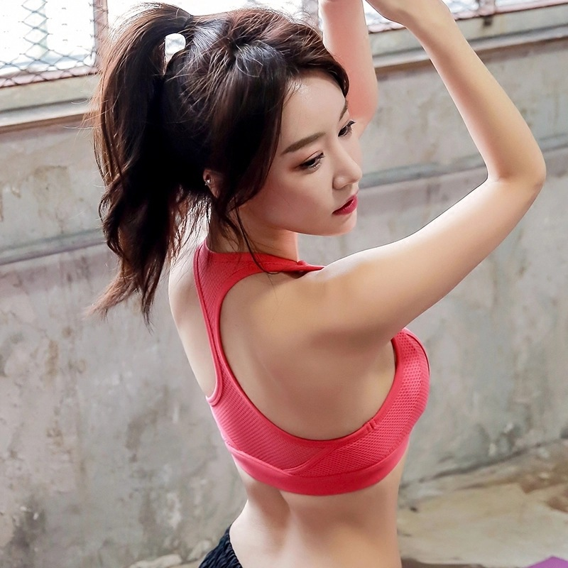 c438906fa2 Colorvalue Sexy Cross Lace Up Yoga Bras Women Breathable Solid Wireless  Sport Bra Top Racerback Athletic Workout Running Gym Bra-in Sports Bras  from Sports ...