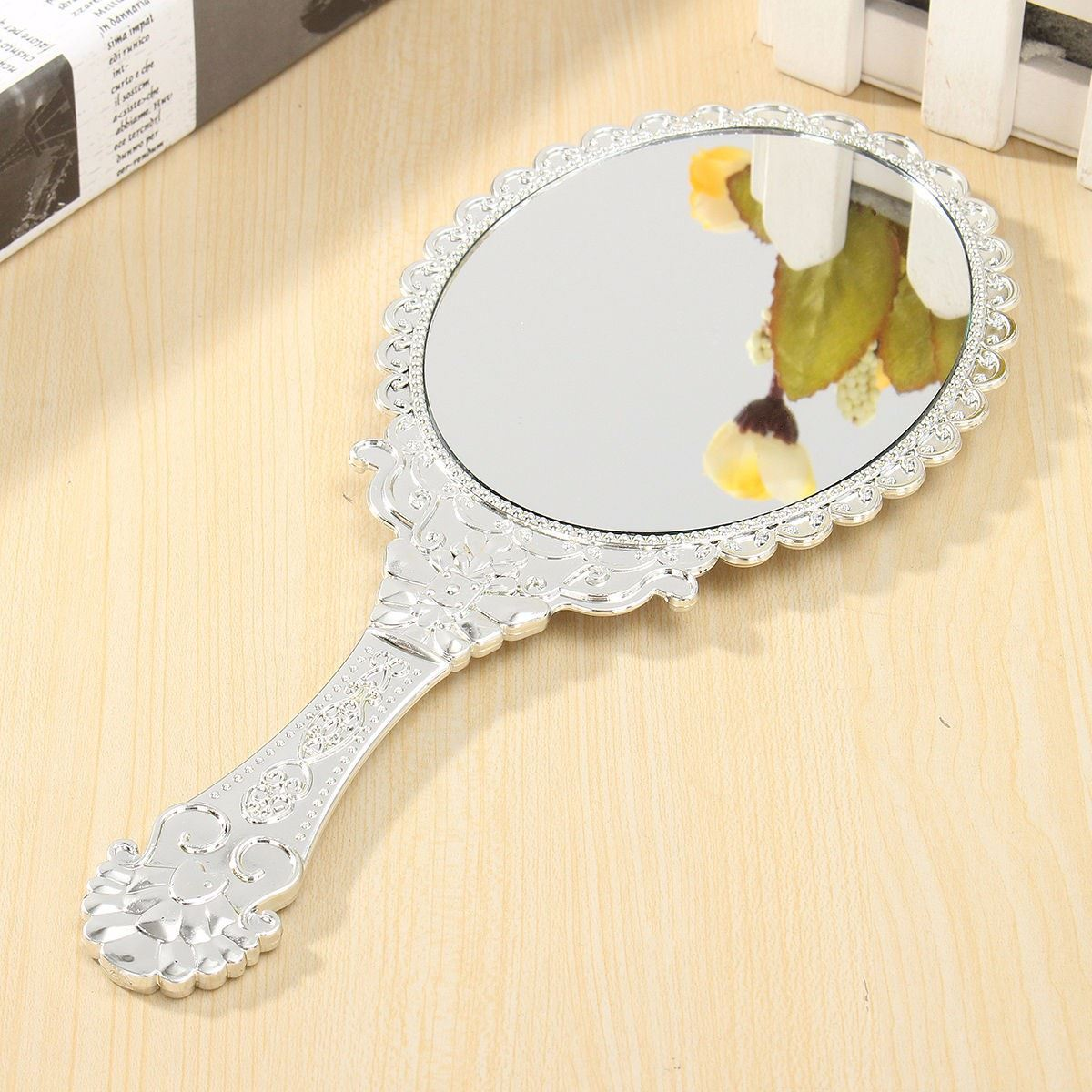 Makeup Mirror Vintage Queen Silver Beauty Gift For Women Makeup ...