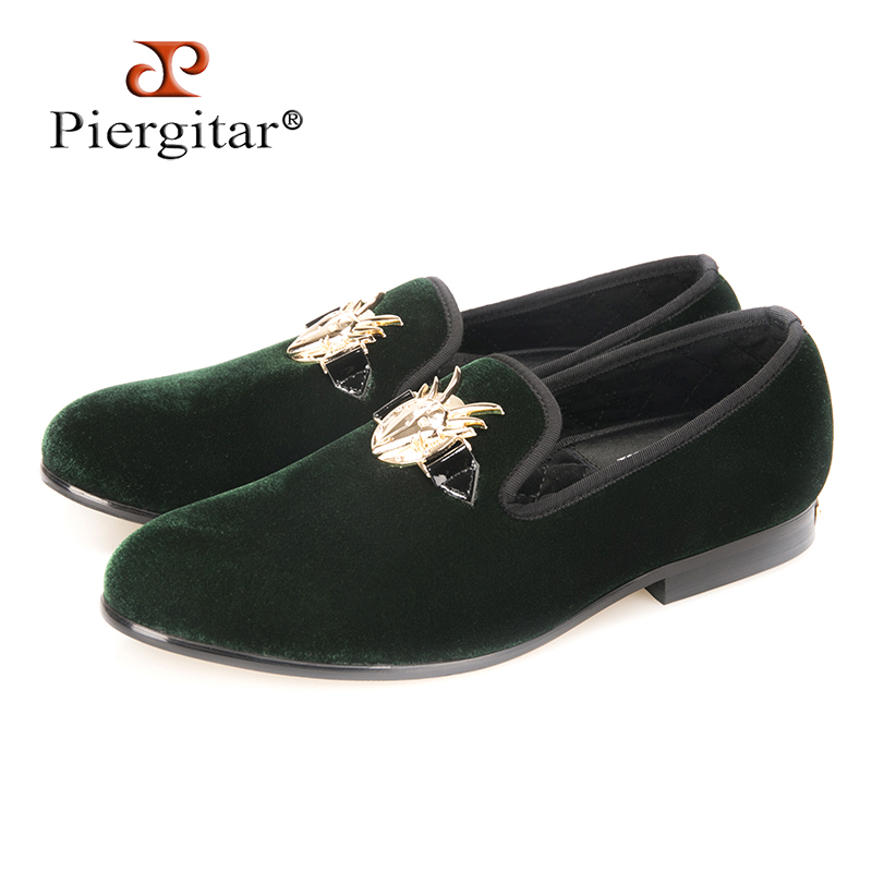 b5cdae99e88 Piergitar 2018 New Men Green Velvet Shoes With Elegant Antelope Buckle  Party and Wedding Men Loafers
