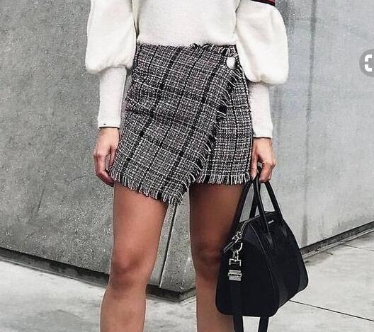 2018 Women Skirt bottons Irregular plaid half long korean tassels skirt Autumn Spring Slim high Waistmaxi mini kawaii skirt