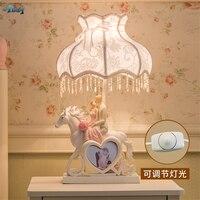 Modern Wedding Gift Pink Red Rose Table Lamps Bedroom Living Room Girlfriends Deco Romantic Hander Desk Lights PE Shade Fixtures